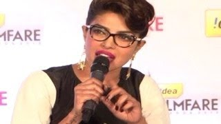 Priyanka Chopra gets ANGRY at a Reporter over SHAHRUKH KHAN 59th Idea Filmfare Awards 2013