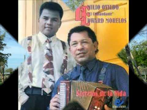 SOLO Y AFLIGIDO EDUARD MORELOS Y EMILIO OVIEDO