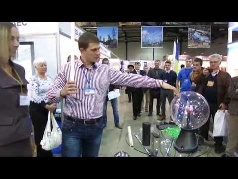 Тесла-шоу - эксперименты с электричеством - Экспериментаниум