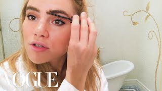 Suki Waterhouse's Guide to It Brit Eyeliner | Beauty Secrets | Vogue