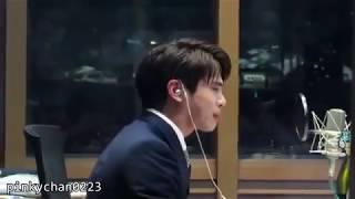 Jonghyun Shinee (김종현) cry in Radio #RIPJONGHYUN break a lot of tears @MBCBlueNight