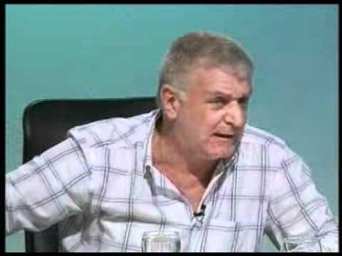 cúal es el mejor relator del fútbol uruguayo?