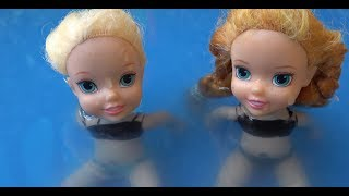 Elsa and Anna toddlers pool party with surprises!!