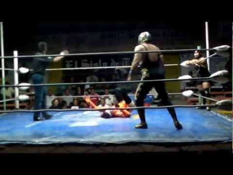 Aniversario 58 Arena Olimpico Laguna Sexy Picis Piloto negro vs Mr Guerrero Dr Maligno 1/3