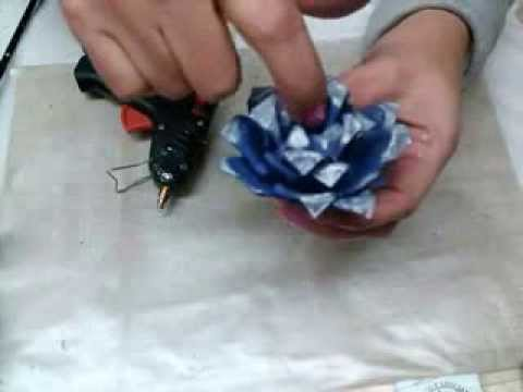 Manualidades 3er video de flores hechas con  carton de huevo / egg carton flower