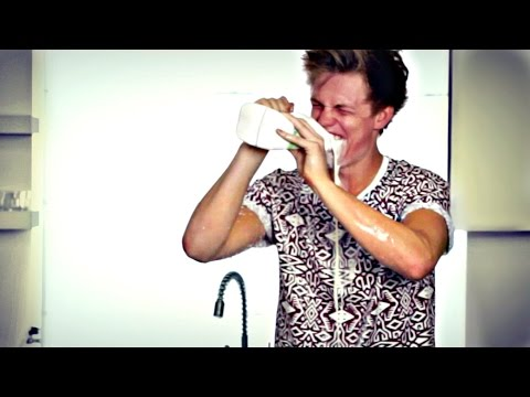 GHOST CHILLI CHALLENGE - CASPAR LEE
