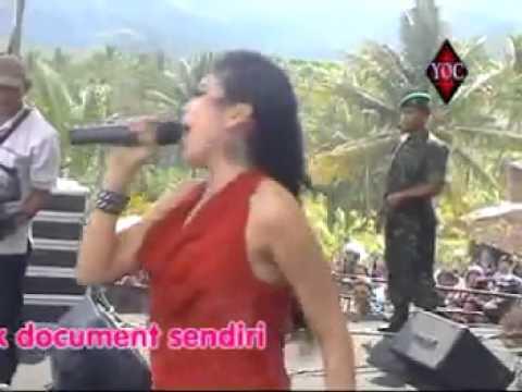 download lagu Luahan Hati - Utami Dewi Fortuna Monata gratis