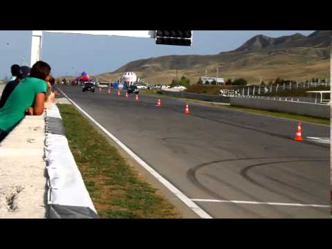 Drag Racing Event bmw x6m vs ml63 amg