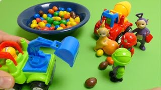 Teletubbies & Construction Truck play with Candy