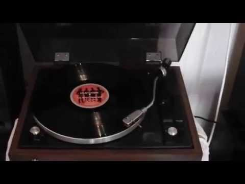 Test turntable Sansui SR-212
