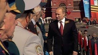 Parata della Vittoria: a Mosca l'omaggio del presidente russo Vladimir Putin