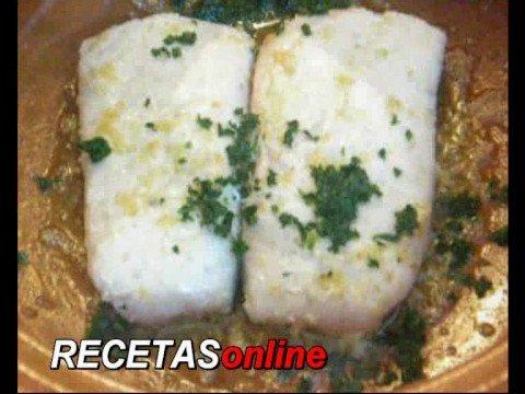 Merluza en salsa verde - Recetas de cocina RECETASonline