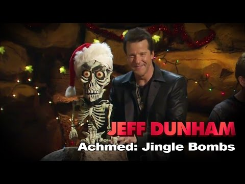 """""""Achmed The Dead Terrorist: Jingle Bombs"""" 
