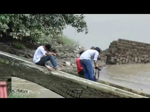 Boys Are Enjoy To Sitting Beside Of Ganges River video