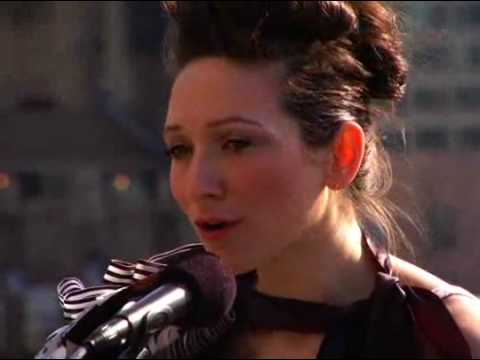 My Brightest Diamond - Apples LIVE on a rooftop in NYC (Choose HQ) Video