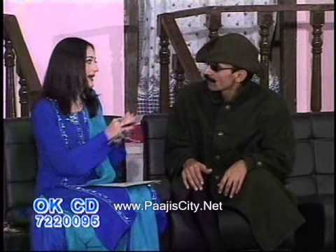 Pakistani Stageshow Funny Boy Girl Talk Policy - I Takhur video