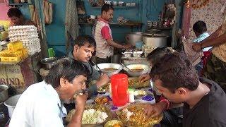 Hungry People Eating - Chicken Rice / Fish Rice / Boti Rice -  Street Food Dacres Lane Kolkata