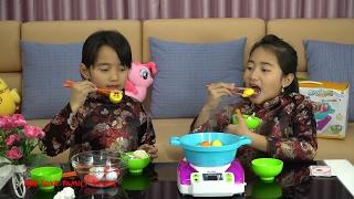 Bộ Đồ Chơi Nấu Ăn Trẻ Em Nồi Lẩu Hơi Bohui - Cùng Chơi Thách Gắp Đồ Ăn cùng Hồng Anh và Thùy Giang