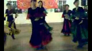 Spanish fan dance  扇子舞