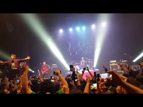 FLOW - Re-member (Live Chile)