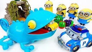 New Pet of Minions, A Hungry Chameleon~! - ToyMart TV