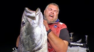 HOW TO CATCH BIG MULLOWAY Part 3 - YouFishTV
