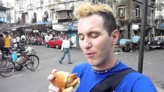 Samosa sandwich - the Indian hamburger!