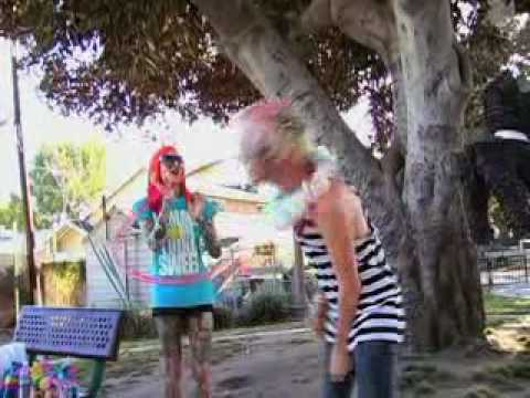 Piñata Party W  Hanna Beth And Jeffree Star video