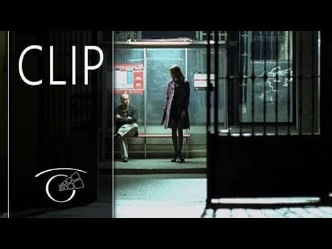Diario de una ninfomana - Clip Valerie tiene sexo con un desconocido en la calle