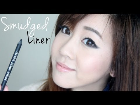 Chic Smudged Eyeliner Look (K-Pop inspired)