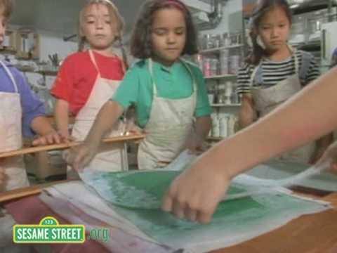 Sesame Street - Paper Makin