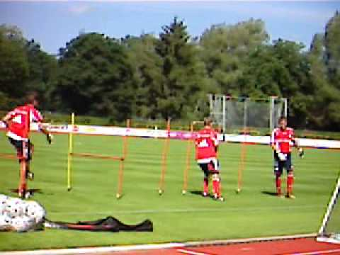 Michael Rensing beim Torwarttraining2 Video