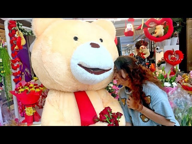 This Mumbai mall is celebrating Valentine's Day with 'singles'