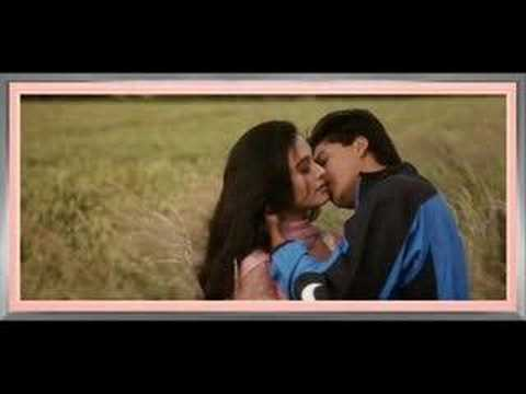 Shah Rukh Khan kissing