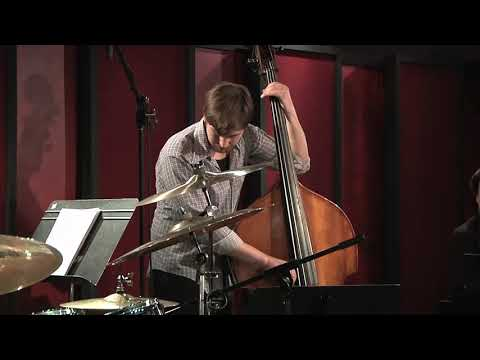 Chester Thompson Trio - Straight, No Chaser