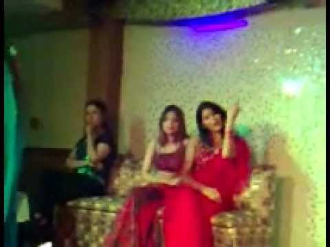 Dubai Mujra 2.wmv video