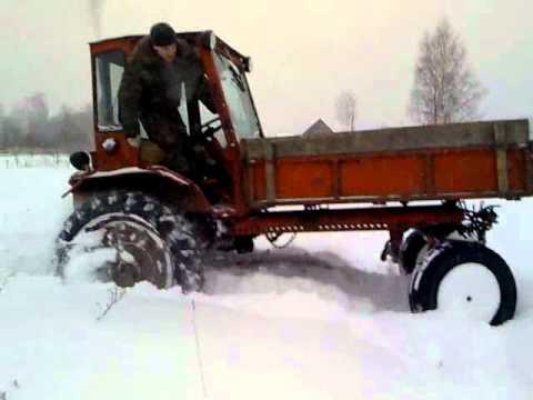 Т16 по снежной целине