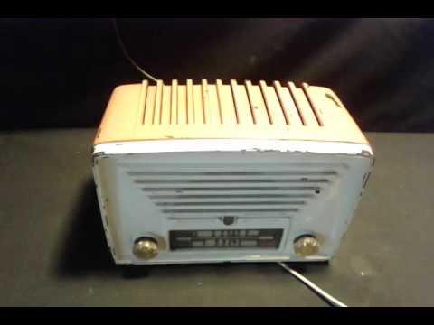 antigua radio philips valvular