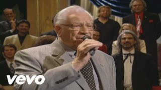 Bill & Gloria Gaither - How Great Thou Art (Live)