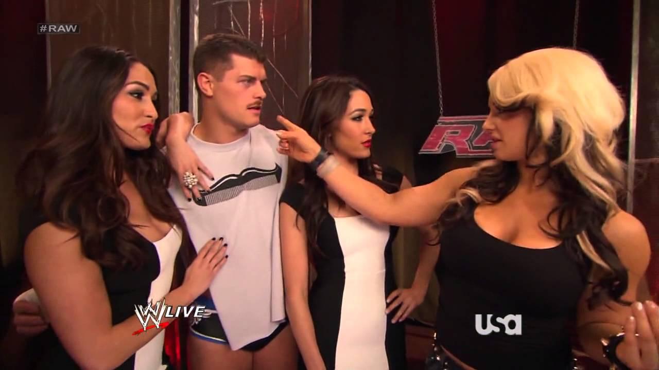 Wwe Kaitlyn And John Cena Kiss WWE Raw 20130318 The Bella