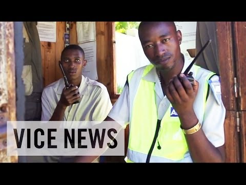 Violence and Private Security in South Africa klip izle