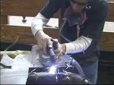 How to Use Plasma Cutter