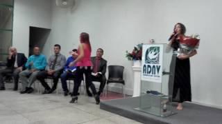Download Lagu A Cantora Adriana Costa louvando ao Senhor Jesus na Adnv-Juazeiro Gratis STAFABAND