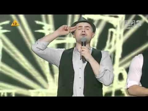 Kabaret Paranienormalni - Śpiewający Czesiek