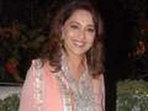 Madhuri Dixit returns in 'Dedh Ishqiya' Music Videos