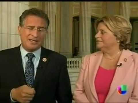 Los Congresistas Joe Garcia e Ileana Ros-Lehtinen Discuten El Futuro de la Reforma Migratoria
