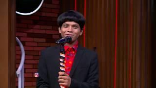 Stand Up Chandra Bikin Desta Terbatuk batuk