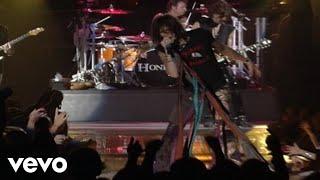Watch Aerosmith Walk This Way video
