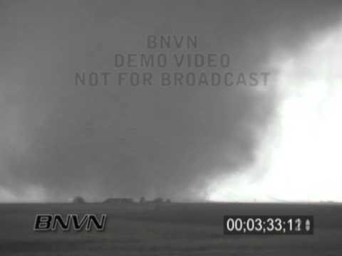 5/5/2002 Happy Texas Tornado Stock Video Part 2