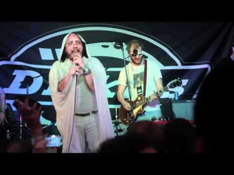 Gayngs ft. Har Mar Superstar - One More Try (Live at SXSW 2011)